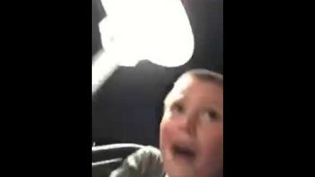 Super Dad Grabs Son When Seat Belt Breaks On Rollercoaster