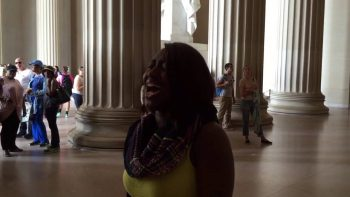 Woman's Impromptu Performance Of Star Spangled Banner At Lincoln Memorial