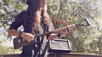 Awesome 3-String Shovel Guitar
