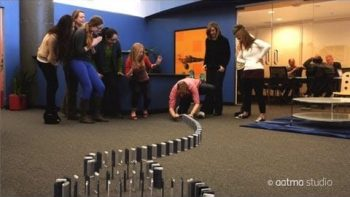 10,000 iPhones Domino Set Commercial