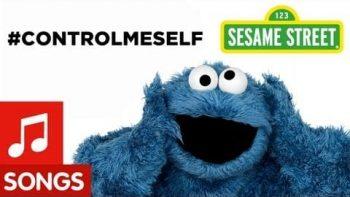 """Cookie Monster Parodies Icona Pop's """"I Love It"""""""