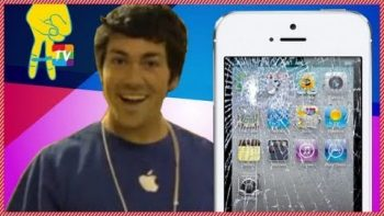 Apple 'Employee' Drops Cases Of New iPhone 5's In Front Of Waiting Lines Prank