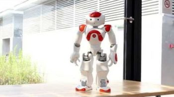 NAO Robot Covers Evolution Of Dance
