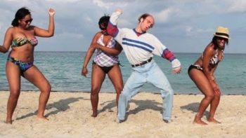 Flo Rida Let It Roll Music Video With Keith Apicary