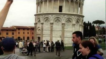 High-Fiving People At The Leaning Tower Of Pisa Prank