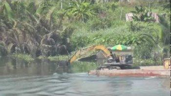 Excavator Rowing Boat