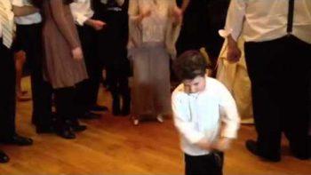 Little Jewish Boy Tears Up The Dance Floor At Wedding
