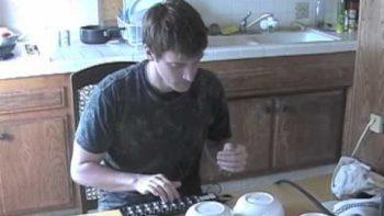 Nerd Makes DIY Synthesizer Using Kitchen Utensils