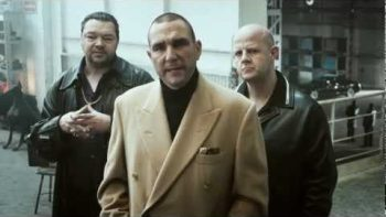 Vinnie Jones Explains Hands Only CPR