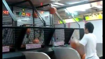 Super Fast Kid Dominates Arcade Basketball Game