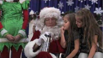 Matt Damon As Santa Claus For Water.org