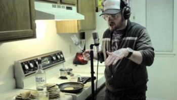 Look At Me Now – White Guy Raps Pancake Themed Parody Cover