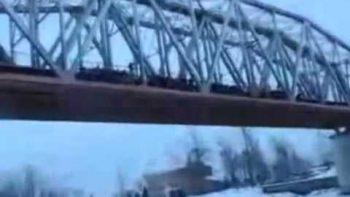 Mass Bungee Jumping Off Bridge