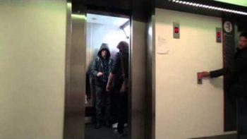 Using The Force To Open Elevator Doors Prank