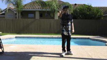 Dude Performs Epic Yo-yo Tricks By The Pool