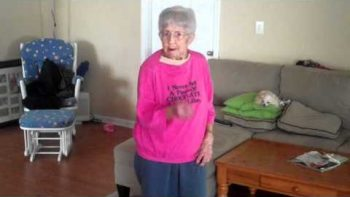 97 Year Old Grandmother Dancing With Just Dance 2
