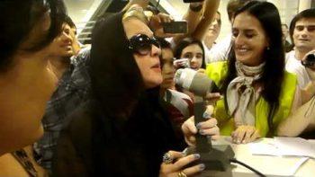 Cyndi Lauper Sings Girls Wanna Have Fun At Airport