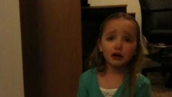 Little Girl Cries Because Bears Lost And Packers Won NFC Championship