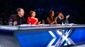 Cher Lloyd Walk This Way, Girlfriend – X Factor 2010