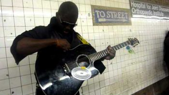 Funk Guitar NYC Subway Guitaro5000