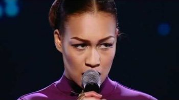 Rebecca Ferguson Feeling Good – The X Factor 2010 Live Show