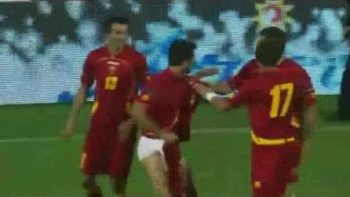 Mirko Vucinic Takes Pants Off To Celebrate Goal – Montenegro VS Switzerland 2010