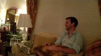 Never Ending Spinning Pillow