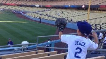 Hyun-Jin Ryu Plays Catch With Young Fan Before The Game