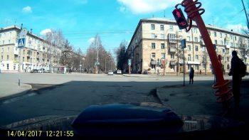 How To NOT Fix A Crosswalk Light